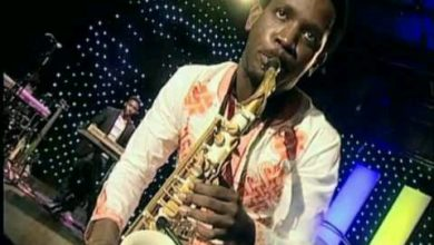 Photo of VidEo : Beejay Sax realease Christmas Song with a Comic Concept [Download]