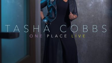 Photo of Tasha Cobbs Scores Billboard #1 With 'One Place (Live)' Album