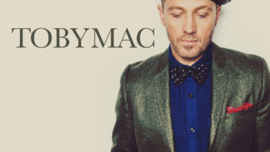 "Photo of [WATCH] Yahoo! Music Exclusively Premieres TobyMac's ""Bring On The Holidays"" Music Video"