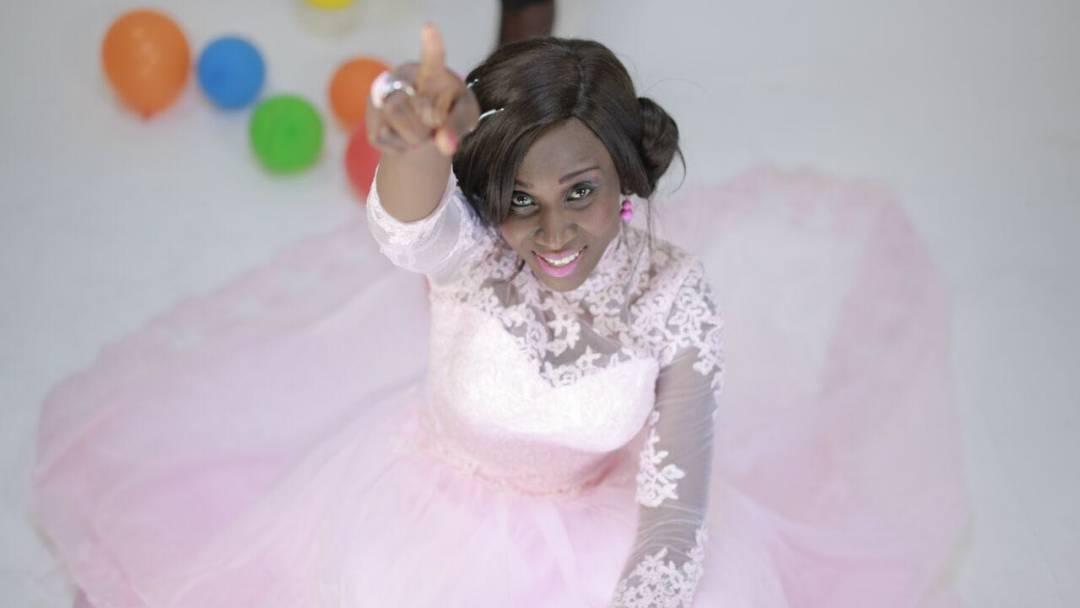 Music Video :: Uche Favour - 'Hot African Praise