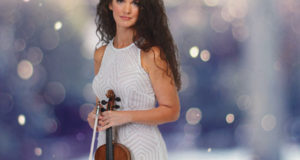 Violinist Susan Holloway - Joy to the World