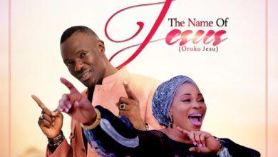 """Photo of Tosin Alao & Tope Alabi Team Up for """"The Name of Jesus"""" (Oruko Jesu)"""