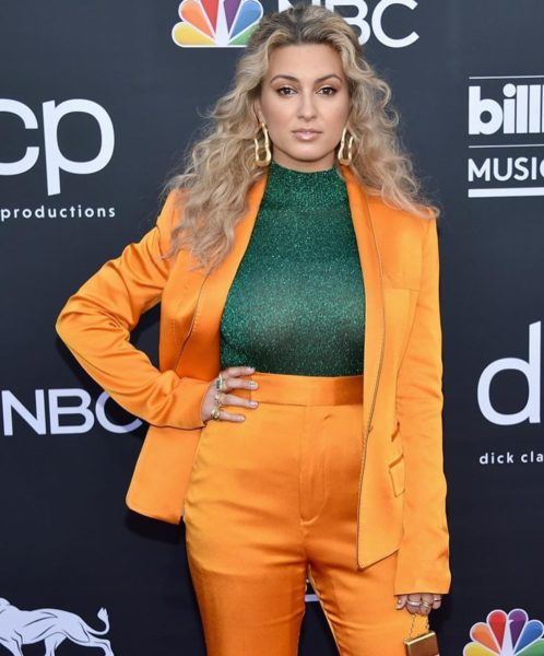 Tori Kelly_Billboard_Awards_2019