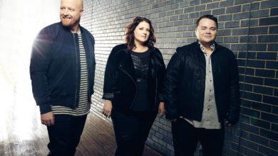 Photo of Integrity Music Welcomes Award-winning Trio SELAH!