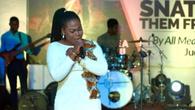 """Photo of Joyce Blessing Sings Hymns from her """"Blessings in Worship"""" Album"""