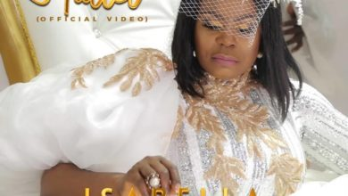 """Photo of Isabella Releases Elegant Music Video for """"Hallel"""""""